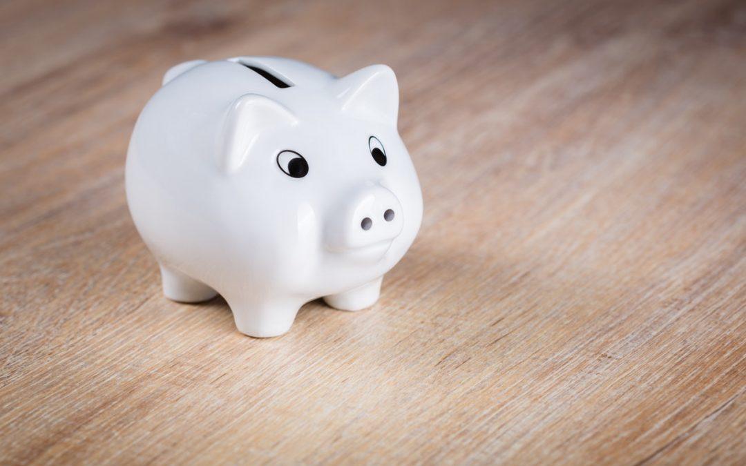 3 prácticas para ahorrar dinero (y no estar tentado a usarlo)
