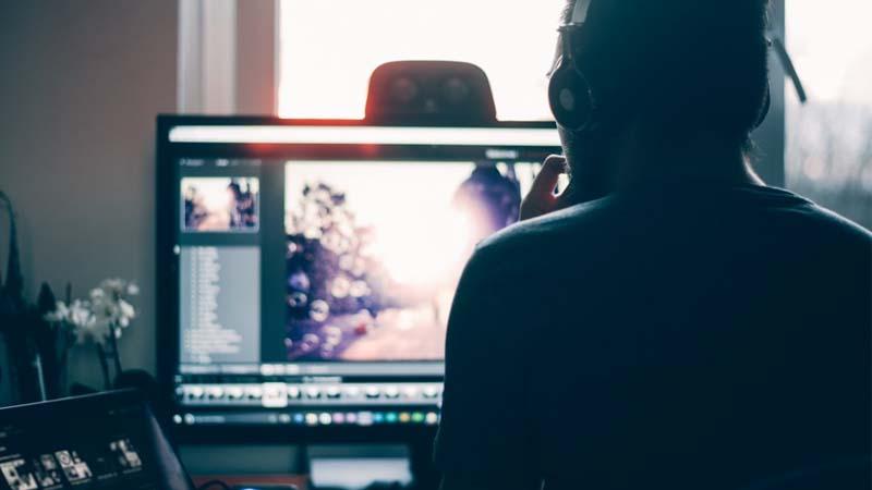 Ganar dinero haciendo vídeos para Youtube