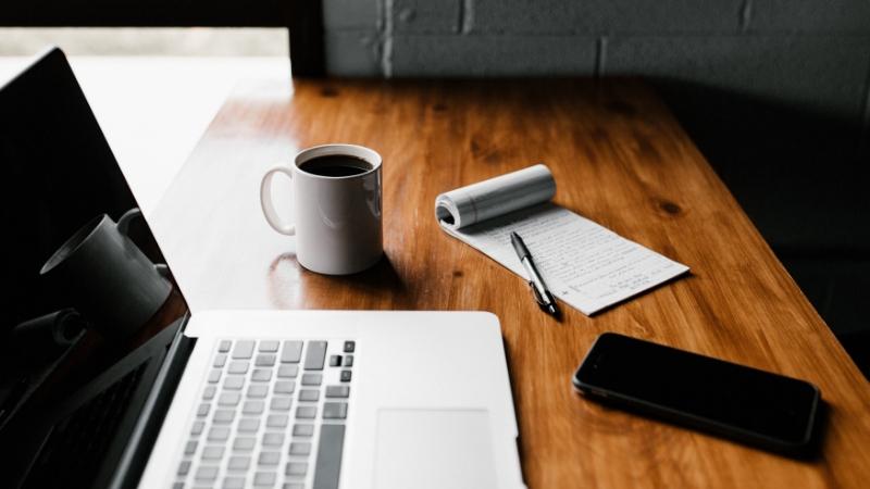 Cómo ganar dinero dando clases particulares vía online