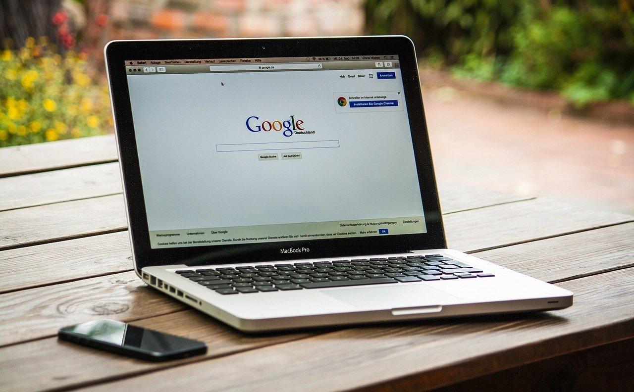 Por qué es importante incluir información de tu negocio en Google
