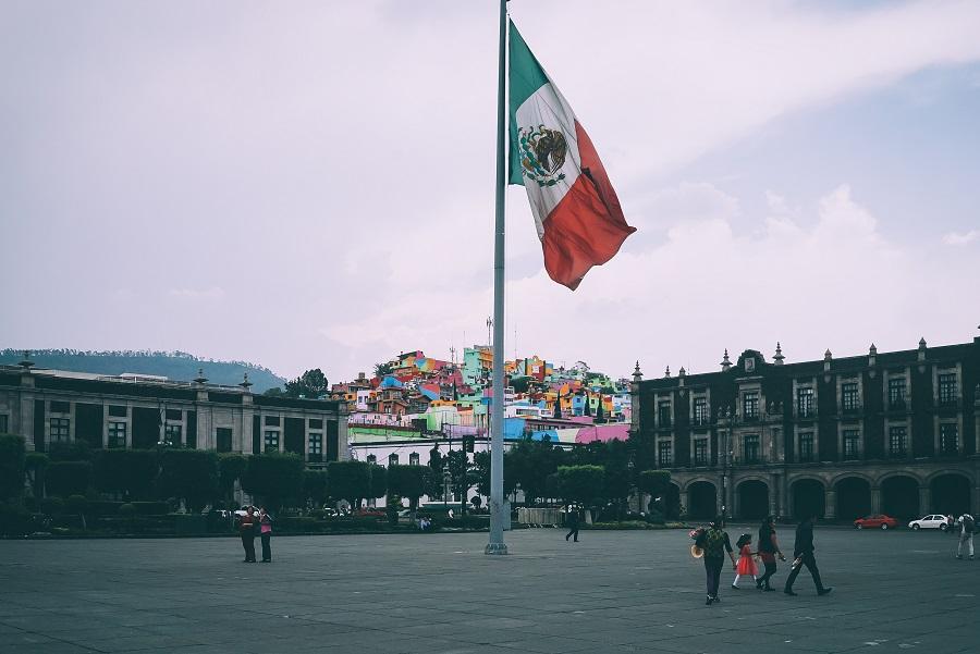 ¿Cómo ganar un dinero extra desde México?