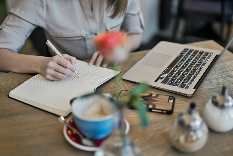 Mejores plataformas para ganar dinero escribiendo